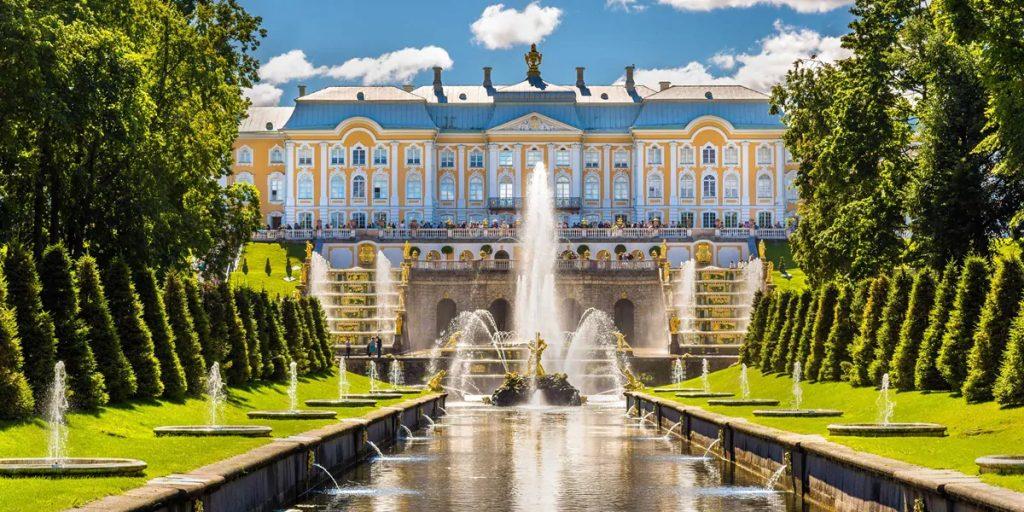 Wonders of St. Petersburg & Moscow